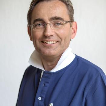 Dr. Bernward Clemens